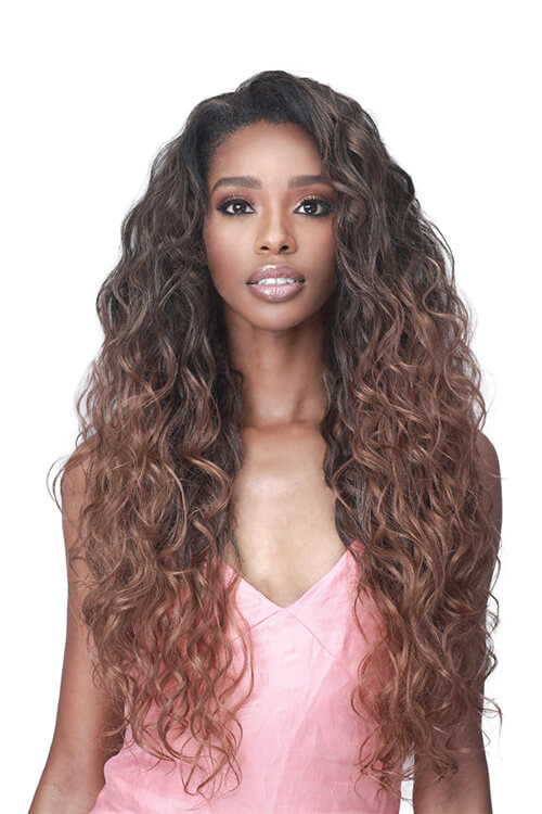 Bobbi Boss Miss Origin Loose Deep Wig Model