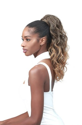 Bobbi Boss Tress Up Ponytail Ocean Wave 18