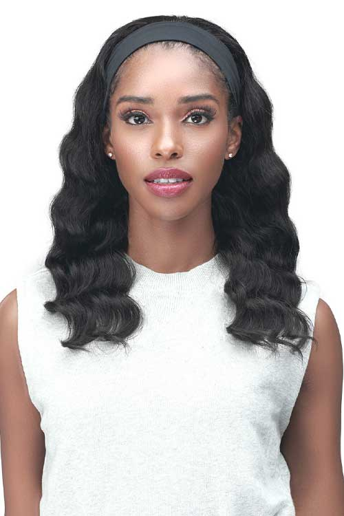 Bobbi Boss MH1403 Yanka Wig Model Front