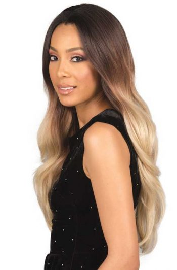 Bobbi Boss MLF308 Gianna Wig Model Side